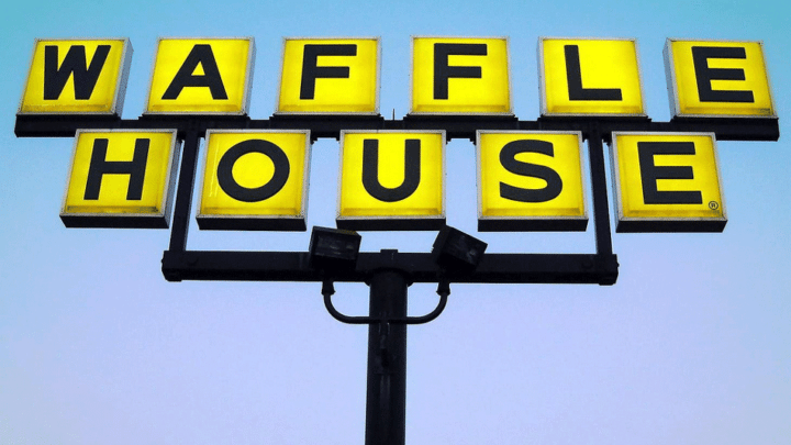 Waffle House Png - 20+ Popular Restaurant Chains Open on Christmas Day
