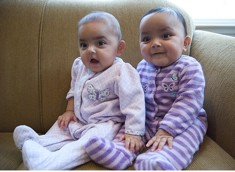 Twin Baby Girls Png - Adorable Indian twins baby girls.PNG (2 comments)