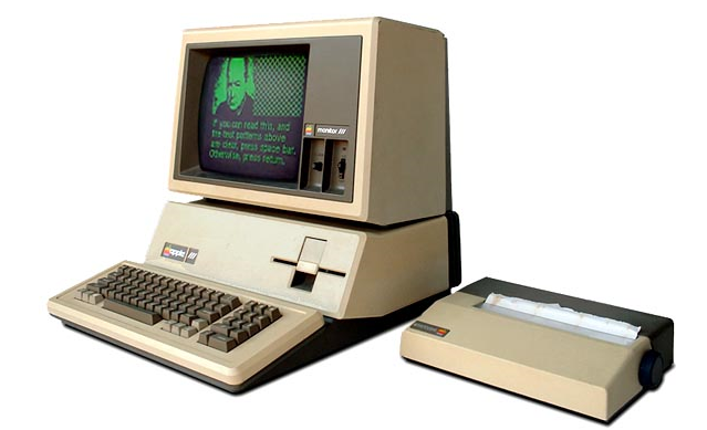Old Lady At Computer Png - Apple Newton, Apple Computers, School Computers, Old Computers, Operating  System, Computer