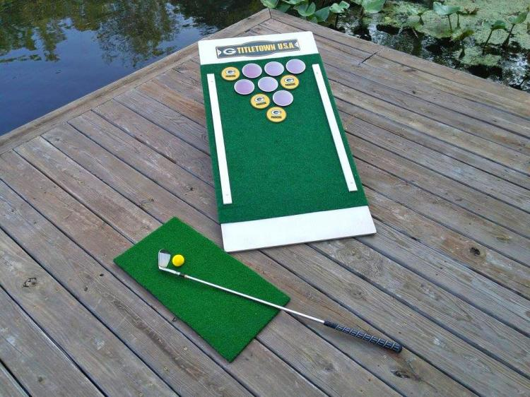 Golf And Beer Png - Beer Pong Golf - Chip Golf Balls Onto Cornhole Board
