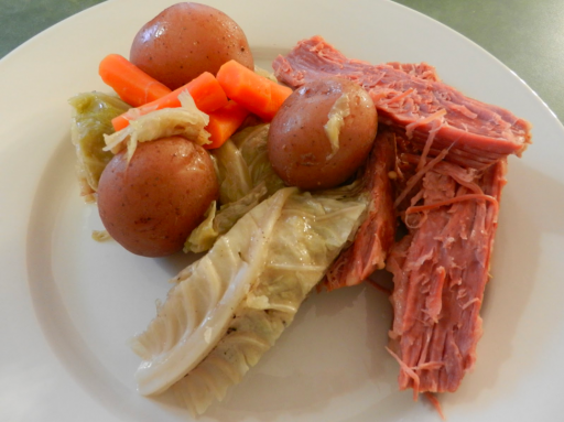 Corned Beef And Cabbage Png - Corned Beef with Cabbage, Carrots and Red Potatoes   Fix-It and ...