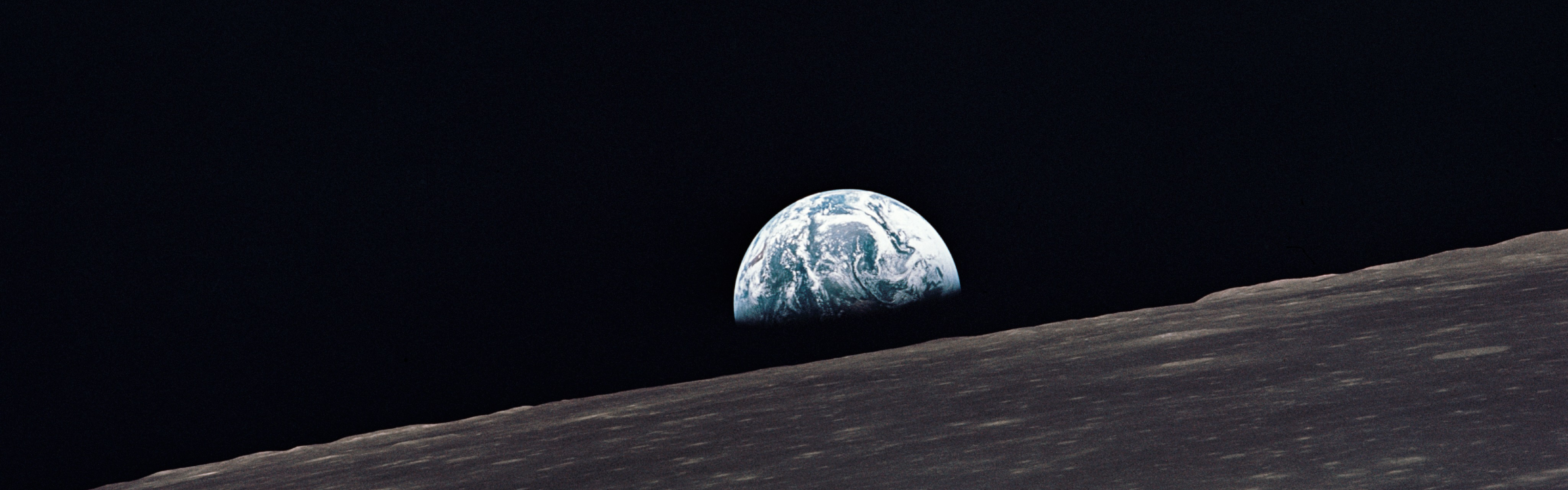 Earthrise Dual Monitor Wallpapers Du 979847 Png Images Pngio