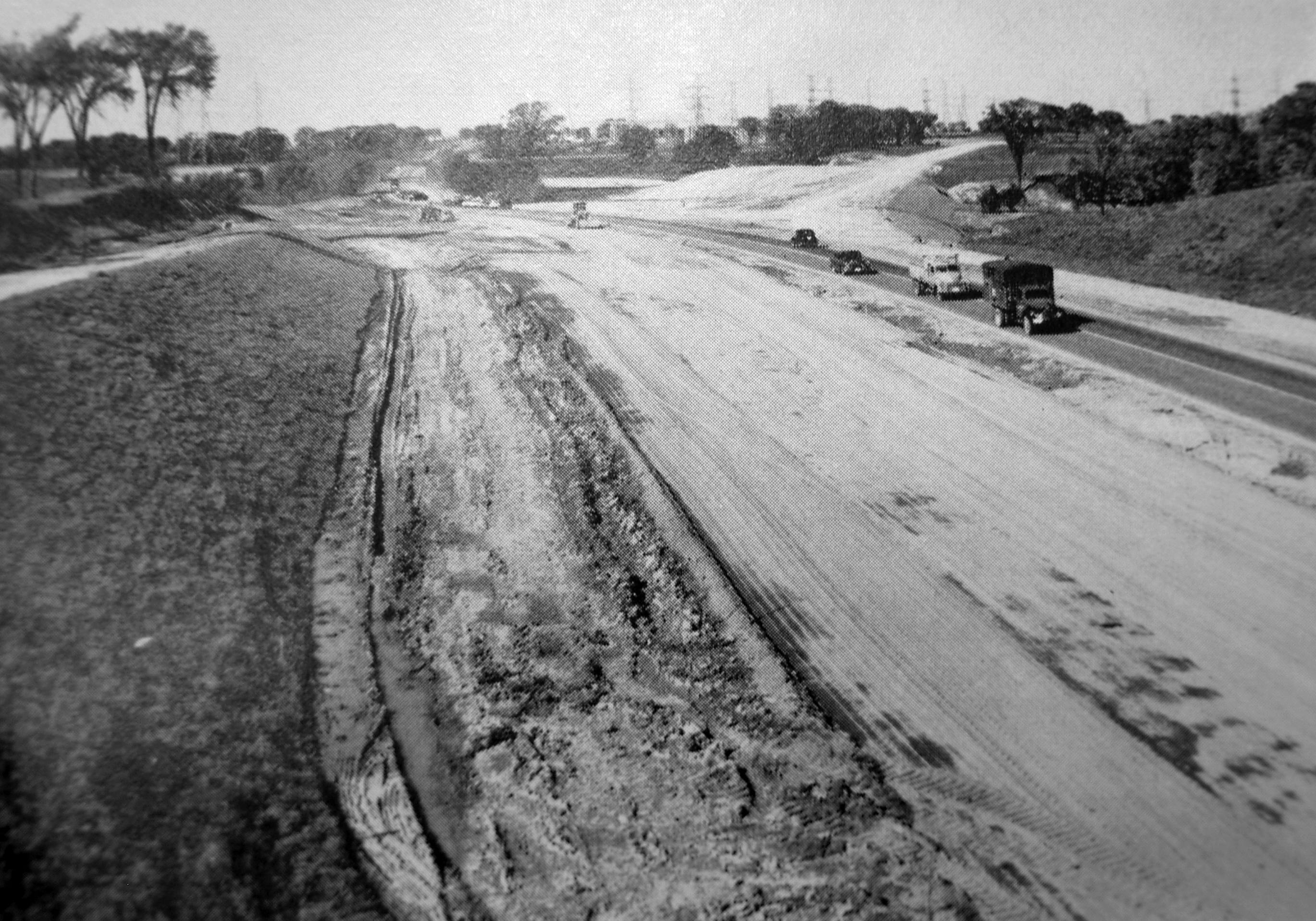 Road Construction Vehicle Png Black And White - File:27 widening and Toronto Bypass construction, 1954.png - Wikipedia