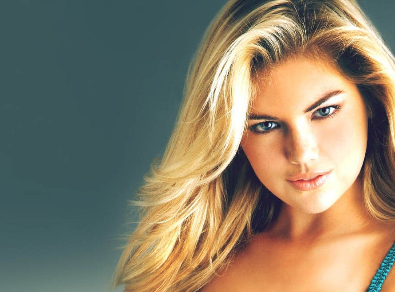 Kate Upton Hd Wallpaper 30 Background 1043661 Png Images Pngio