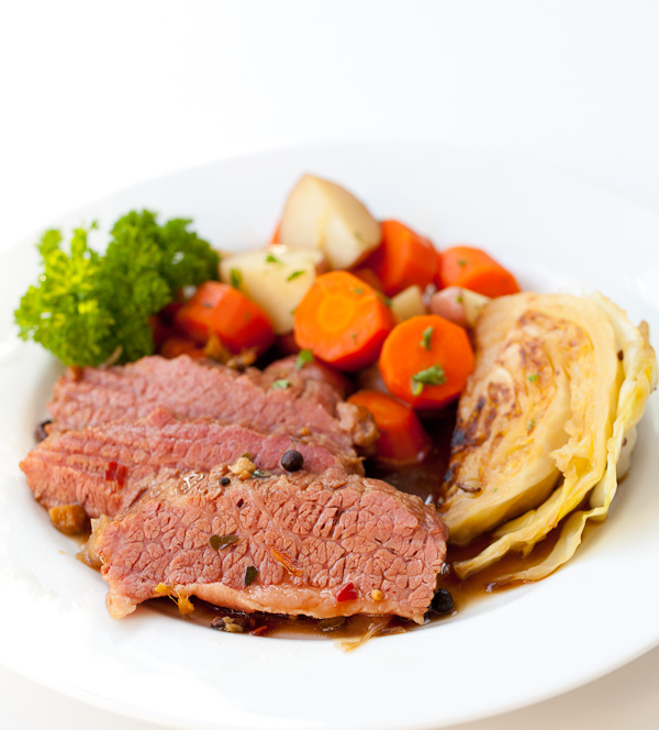 Corned Beef And Cabbage Png - Lawry's The Prime Rib Has Your St. Patrick's Day Corned Beef and ...
