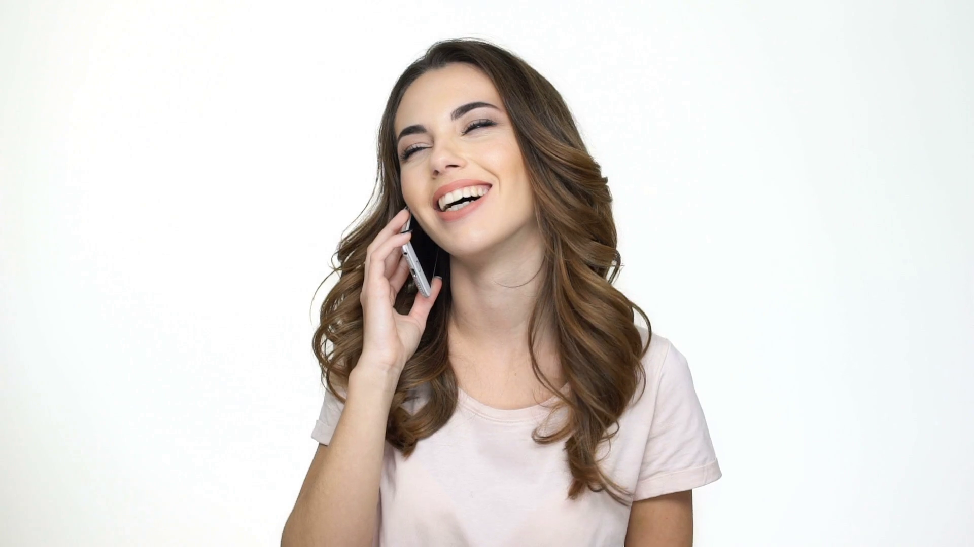 Woman Talking On Phone Png - Smiling young woman talking on mobile phone and showing thumbs up ...