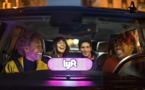 Car Interior With Tv Png - Uber, Lyft Are Literally Everywhere 08/06/2018
